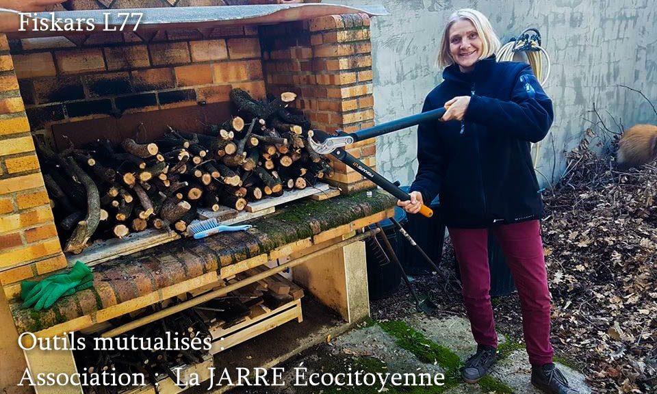 Prêt coupe branche bois mort - isabelle LAURENT