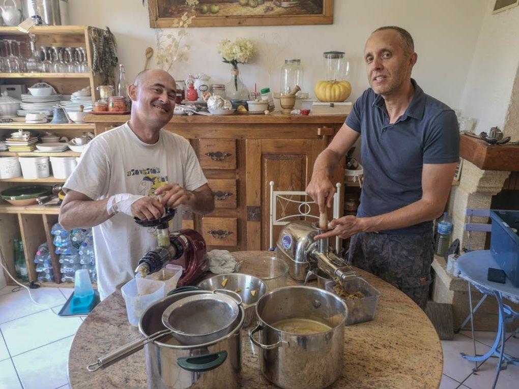 Concours Extracteur HURON et ANGEL - jus Pomme Raisin - Ateleir culinaire association la jarre_